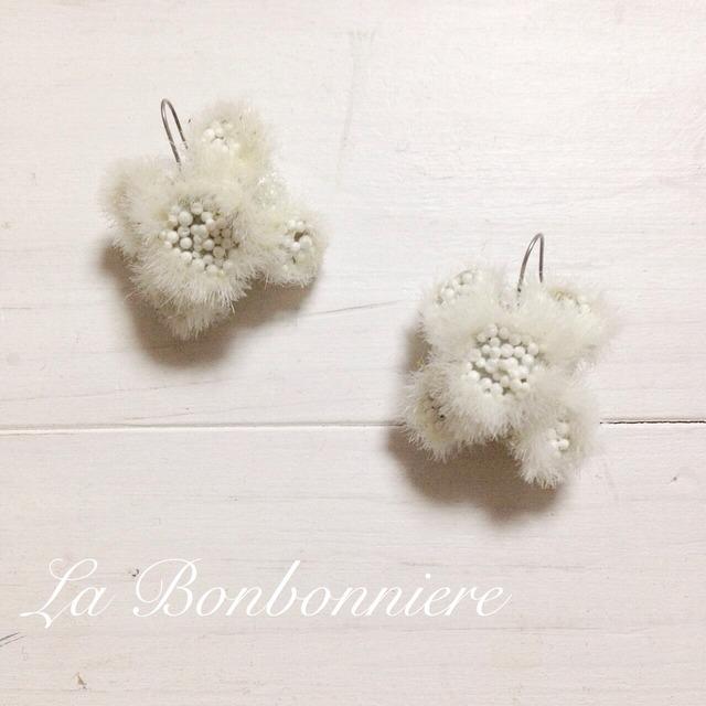 ふゆの花  チタンピアス