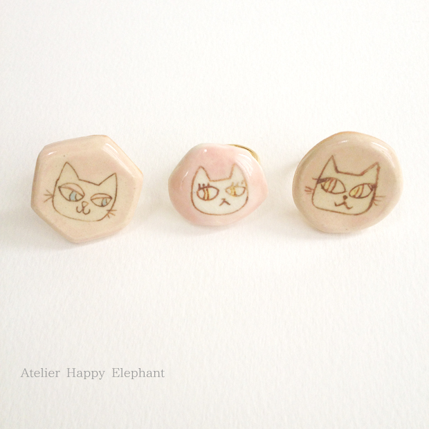 白猫のリング(ピンク)