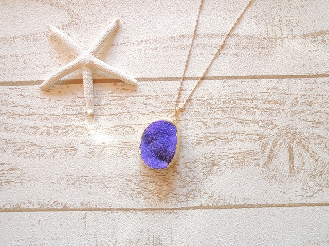 ☆SALE☆ Druzy Quartz Necklace Purple ?