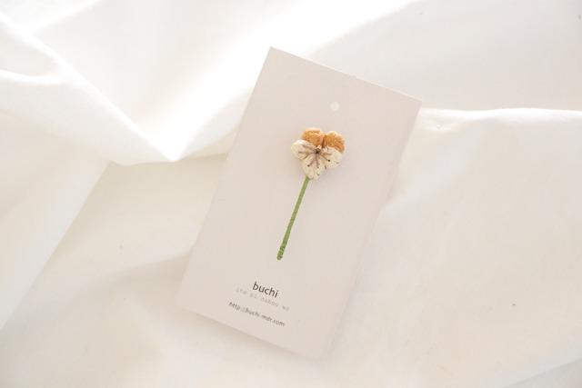ito hana brooch ( �ӥ��顿�����)
