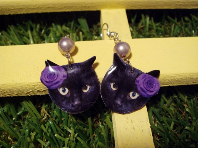 再販★ネコ★ピアス(黒猫・紫)