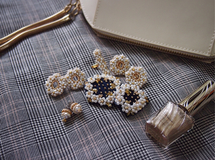 white waltz brooch Ssize / navy