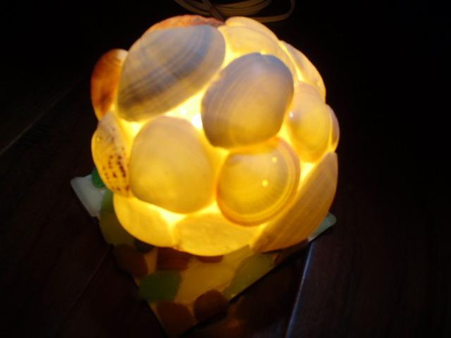 貝殻のランプシェイドR