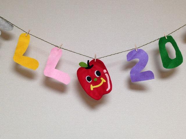 真っ赤なリンゴちゃんポケットティッシュケース♪送料無料です!