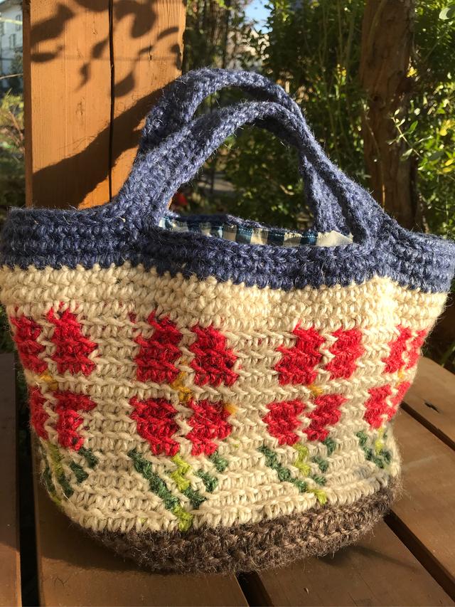 お花畑の麻ひもバッグ