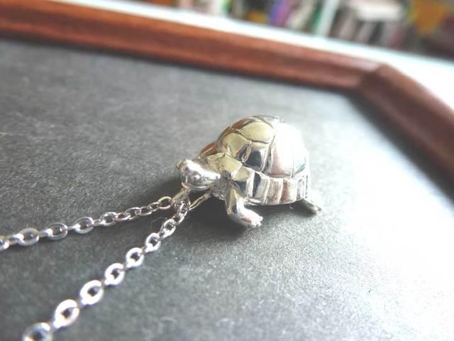 シルバー製 リクガメのネックレス