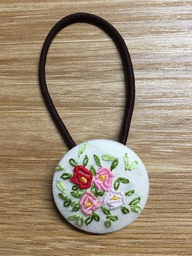再販なし!刺繍ヘアゴム 赤系薔薇