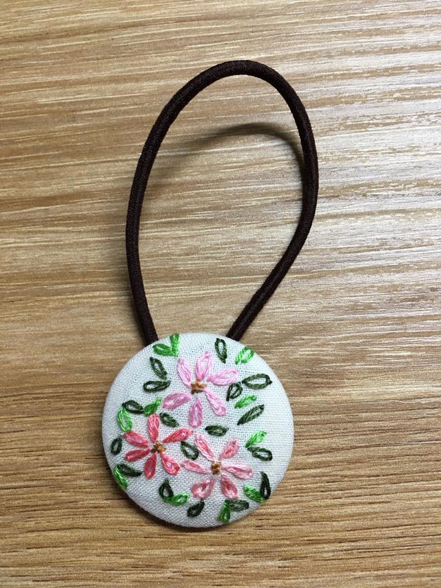 再販なし!刺繍ヘアゴム ピンクの花