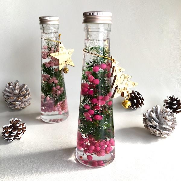 ガラス瓶の中のクリスマスツリー★マゼ...