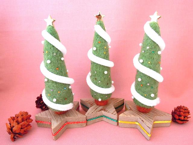 羊毛フェルト クリスマスツリー