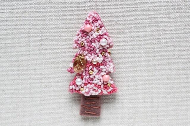 ピンクのクリスマスツリー フェルトブ...