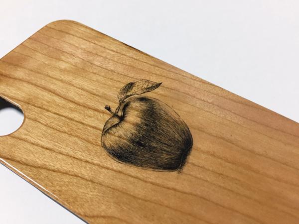 ウッド iphone5~X【りんご】スマホケース
