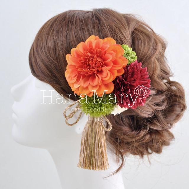 ポンポンダリアの髪飾り