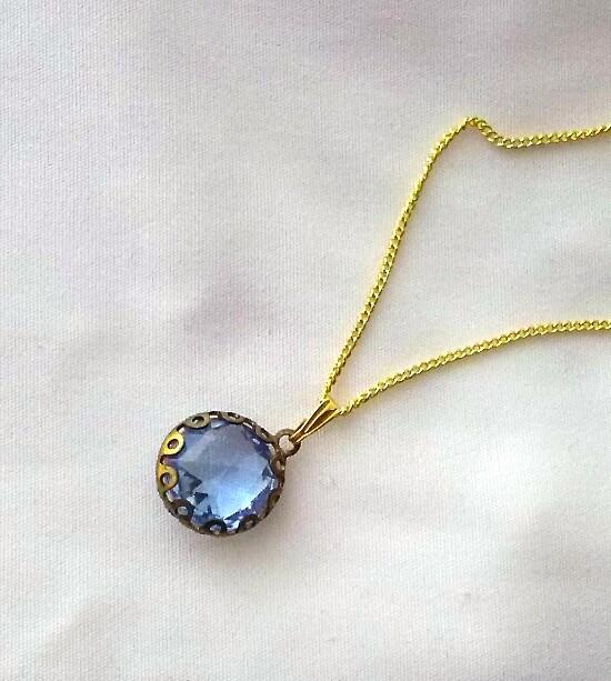 郷愁の青のネックレス
