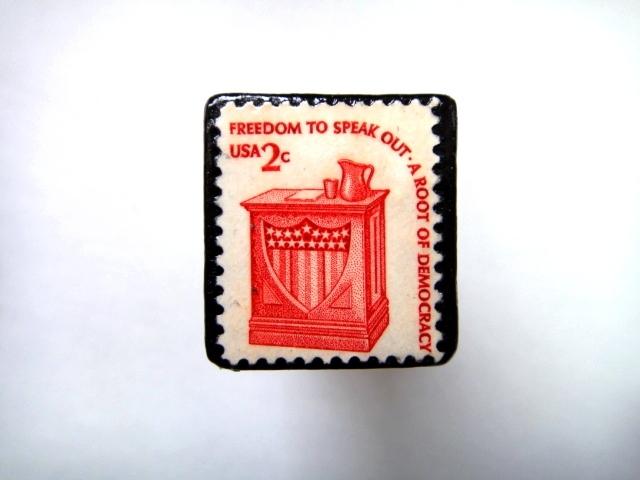 アメリカ 「切手ブローチ」728