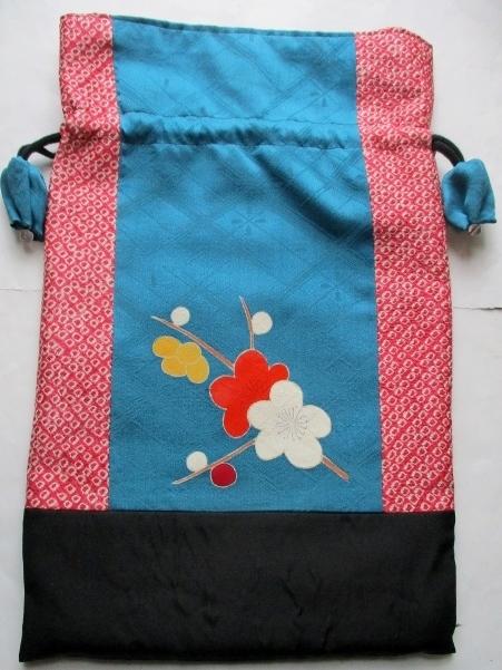 送料無料 絞りと花柄の振袖で作った巾...