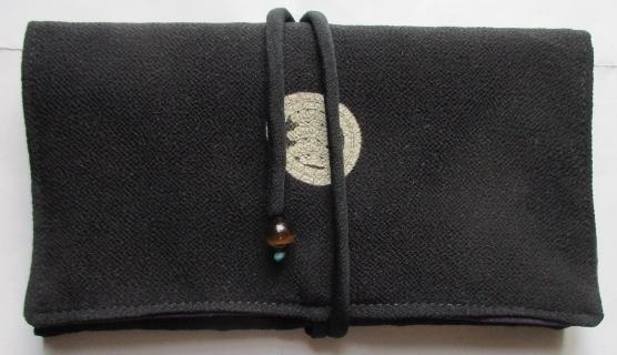 送料無料 縮緬留袖で作った和風財布・...