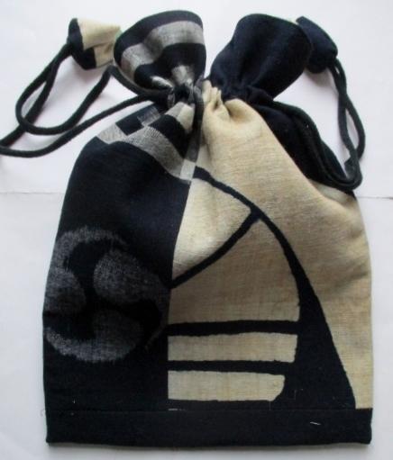送料無料 絵絣と筒掛けで作った巾着袋...