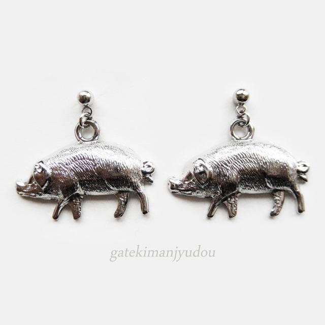 豚のピアス【イヤリング等変更可】