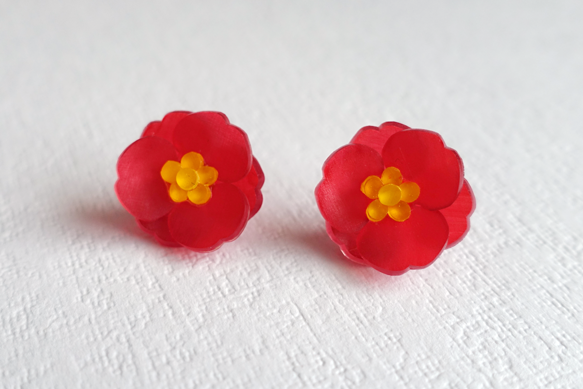椿のイヤリング[赤]