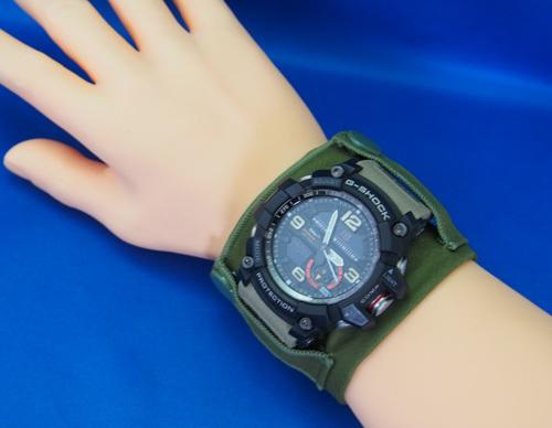 大きいサイズの時計対応アームハンカチ(ミリタリー)