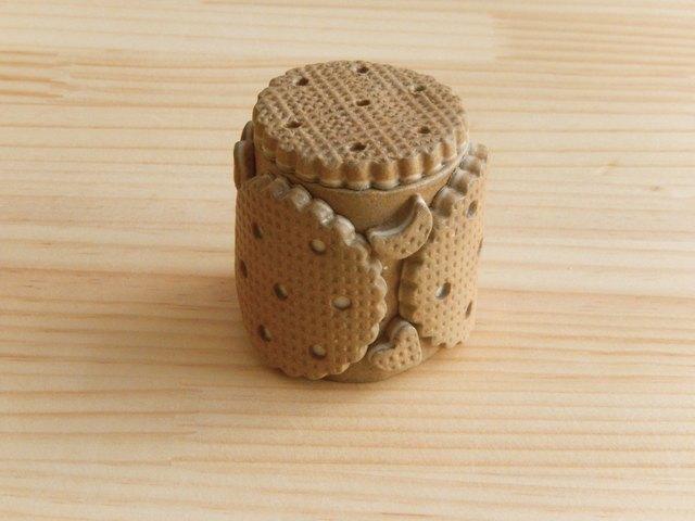 クリームサンドビスケットの小箱