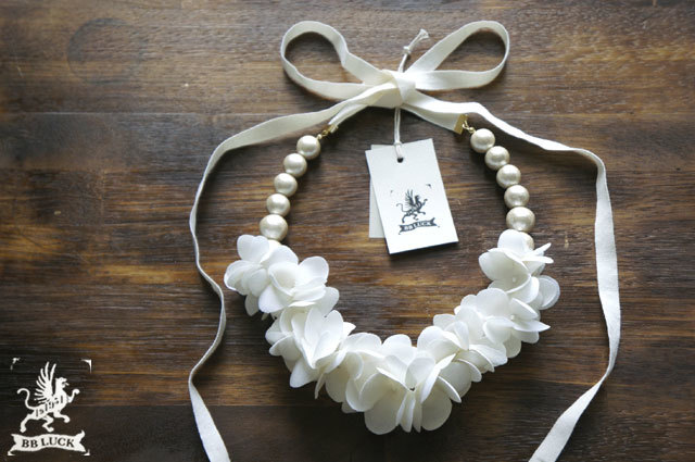 necklace【 布花ネックレス off white h...