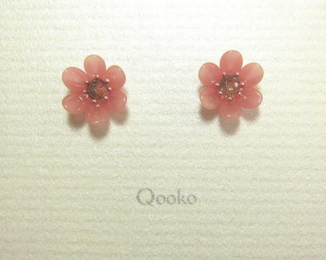 ガラスの花 (ピンク・ハナビラ6枚+ガラスビーズ)