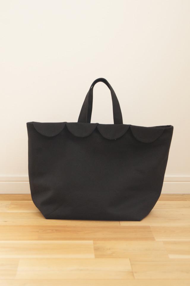 【knmtmskさまご予約分】ウロコのトートバッグ(ブラック)