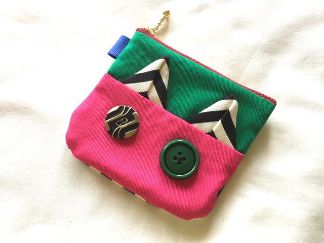 ピンクとグリーンの猫さんコインケース