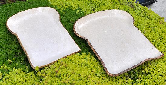 食パンの皿「Air」(ショートケーキサイズ)