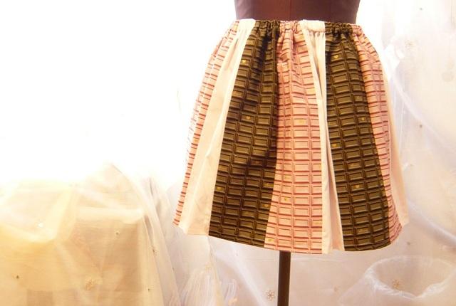 チョコトリコロールミニスカート