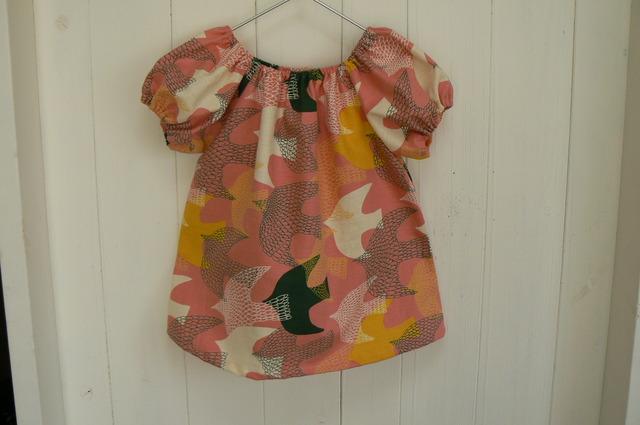 鳥さん柄のふんわりブラウス(ピンク)110
