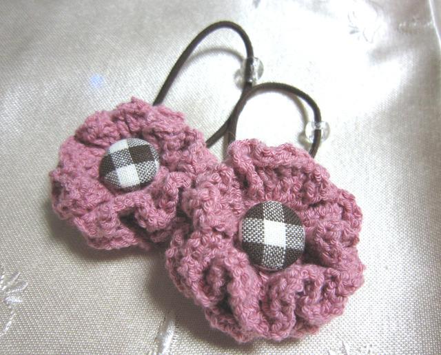 k7 くすんだピンクお花&くるみボタンのヘアゴム2個 子供用