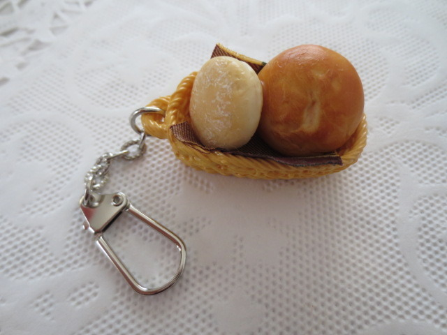 ☆イングリッシュマフィン&ふわフランスパンバスケットキーホルダー☆