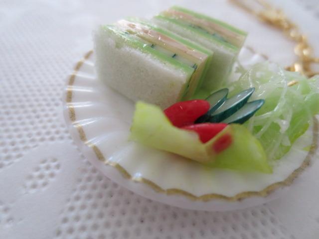 ☆ハム&チーズとたっぷり野菜のサンド!プレートキーホルダー☆