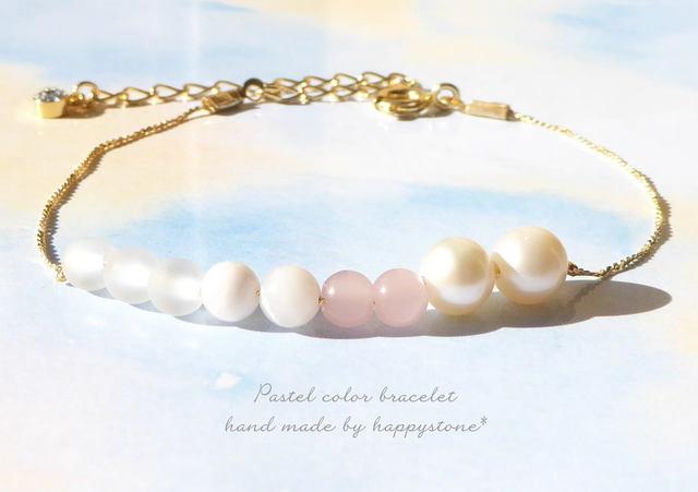 柔らかな春色、桜*天然石とパールの華奢...