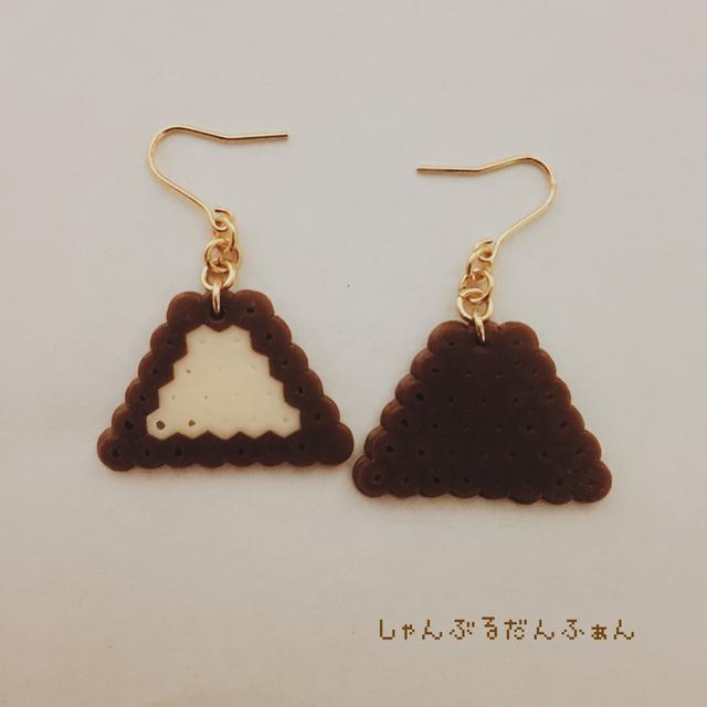 チョコアイスのピアス