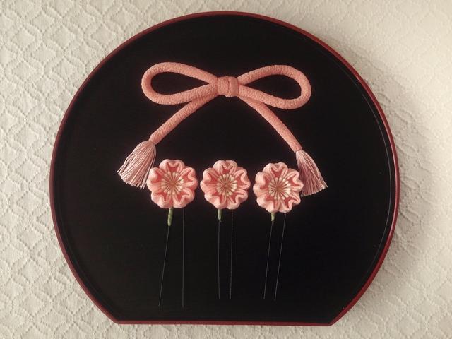〈つまみ細工〉ちりめん紐と桜のUピン3...