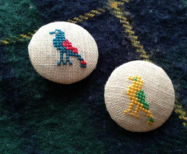 刺繍ミニブローチ  鳥