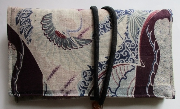 送料無料 綿の羽織裏で作った和風財布...