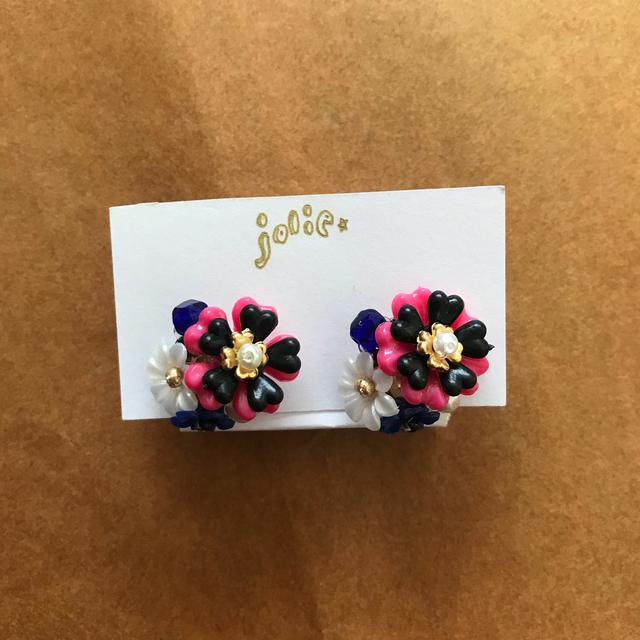 Flowerpierce ネオンピンク×ブラック