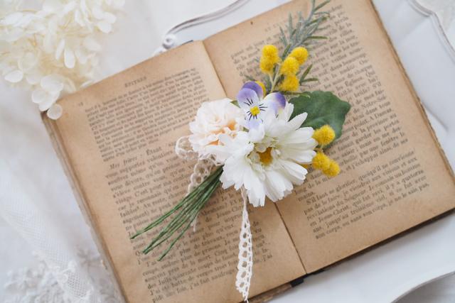 春の花束コサージュ