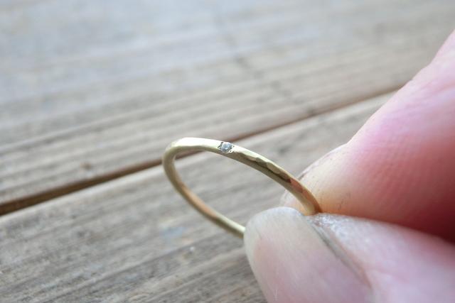 k18プチダイヤリング つちめでマット加工