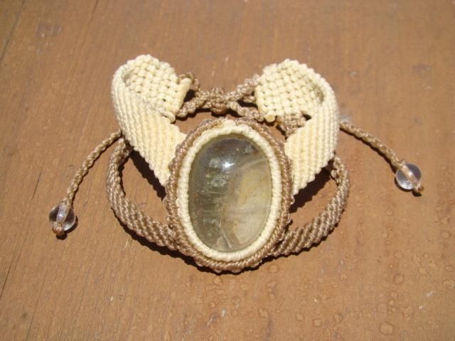 天然石 ホワイトファントムガーデンクォーツ マクラメ編みブレスレット