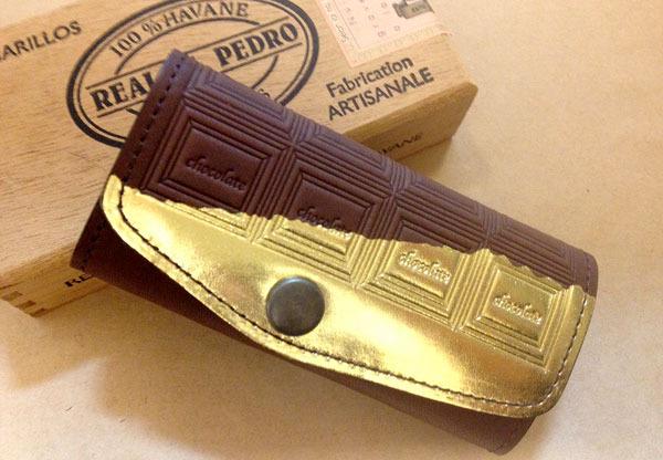 革のチョコレート・キーケース(金の包み紙)