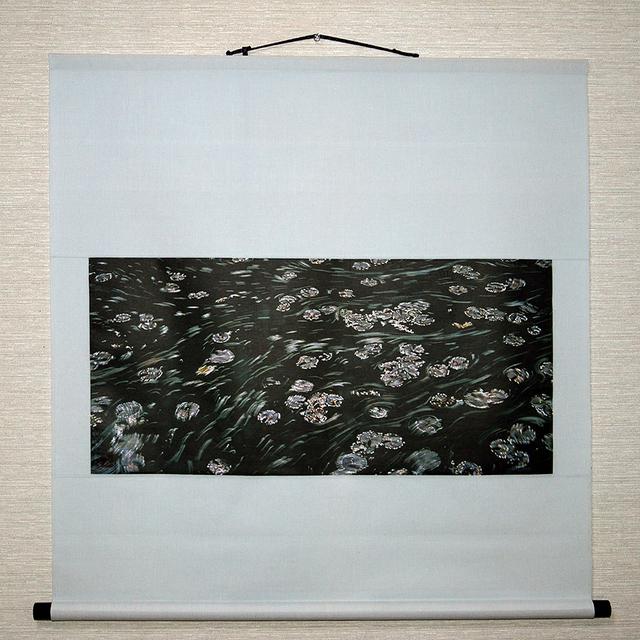 掛け軸 水辺シリーズ 「春の池面」