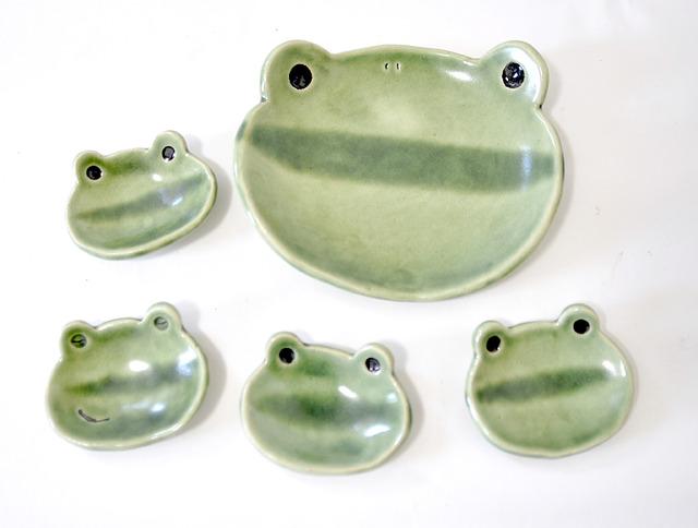 親子カエルのセット皿(緑かえる)