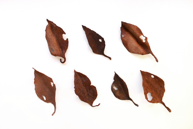 レザーブローチ【fallen leaves】type.8