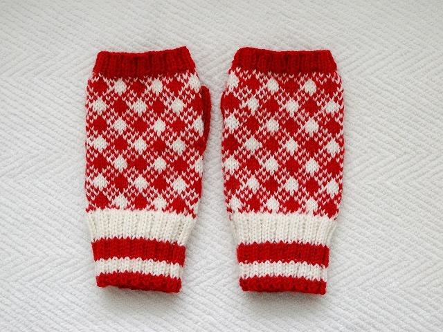 手編みの指なしミトン 【rosso×bianco】